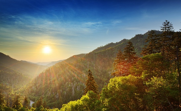 AMERICAN-DISCOVERY Tennessee Great Smoky Mountains Sunset at the Newfound Gap 147552179