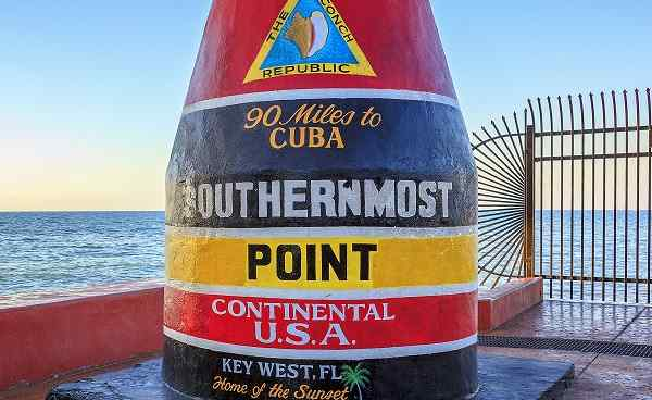 BESTE-FLORIDA_Florida_Key_West_southernmost_point_175030190.jpg