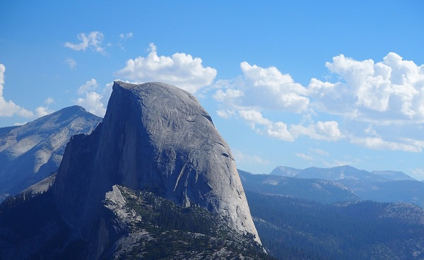 BESTE-NORDAMERIKA Half Dome  Yosemite National Park  California  USA shutterstock 528328687