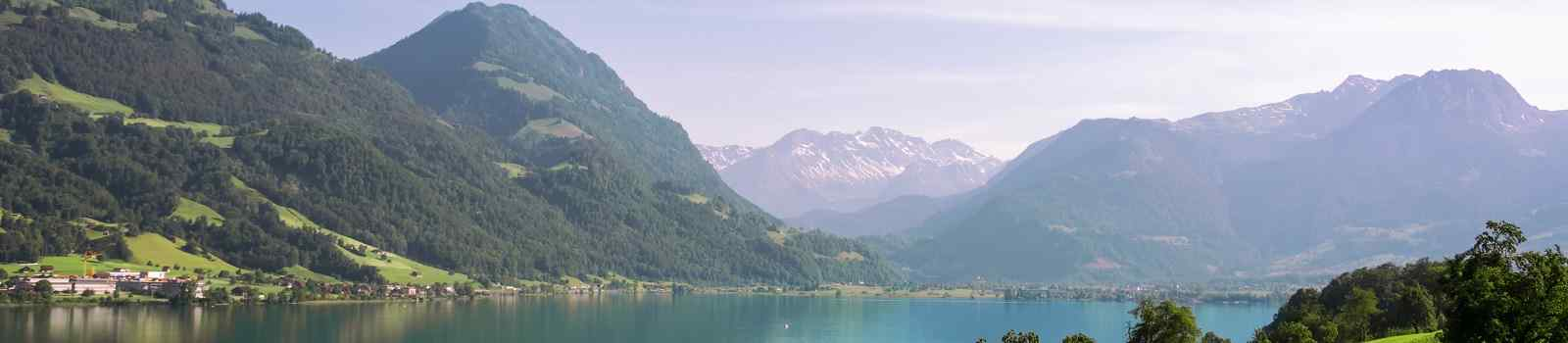 CH-WAN-JURA   Scenic landscape in in central Switzerland  Lake Sarnersee