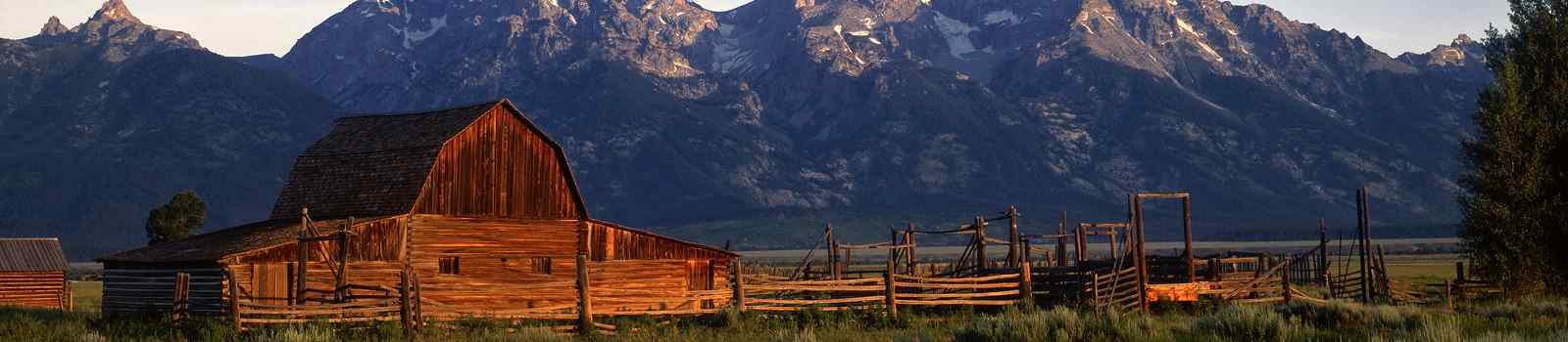 GOOSEWING-RANCH -USA Ranch An old ranch and the Teton Mountain Range in Grand Teton  22419001