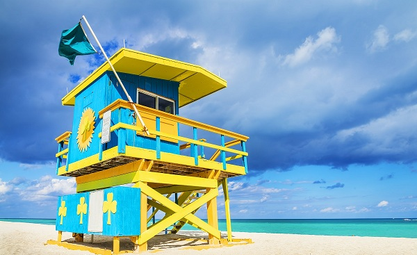 HARLEY-FUN-RIDE-ATLANTIK Florida Miami Colorful Lifeguard Tower South Beach 174202358